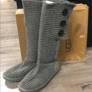 Genuine UGG knit boots , excellent condition SZ9